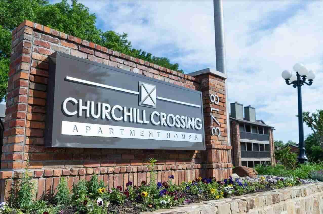 churchhill crossing
